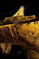 eiffel tower by dijipost