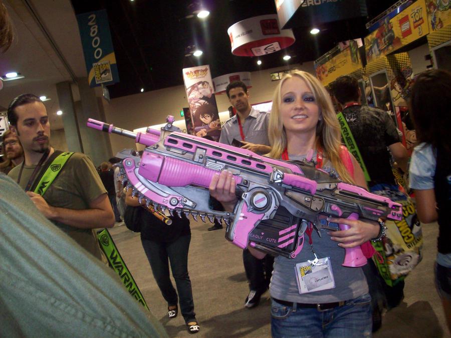 Gears of War Chainsaw Gun (A.K.A. Lancer) by Bioshutt