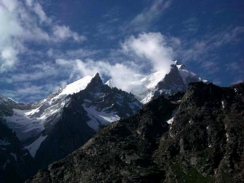 Lanur-hegység Lanur_hegysg_by_stixion-das9ibp