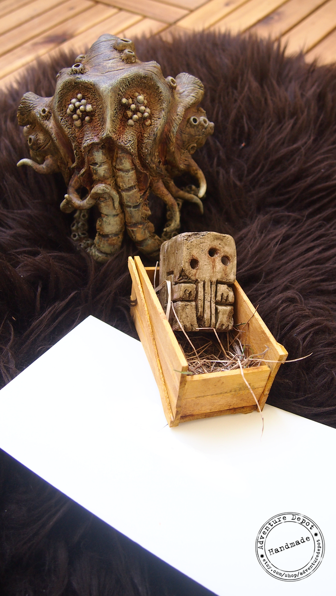Cthulhu idol and Adventure kit 4 by AdventureDepot