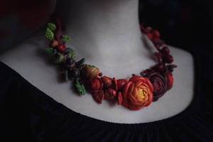 Ranunculus necklace by OdarinaTaurus