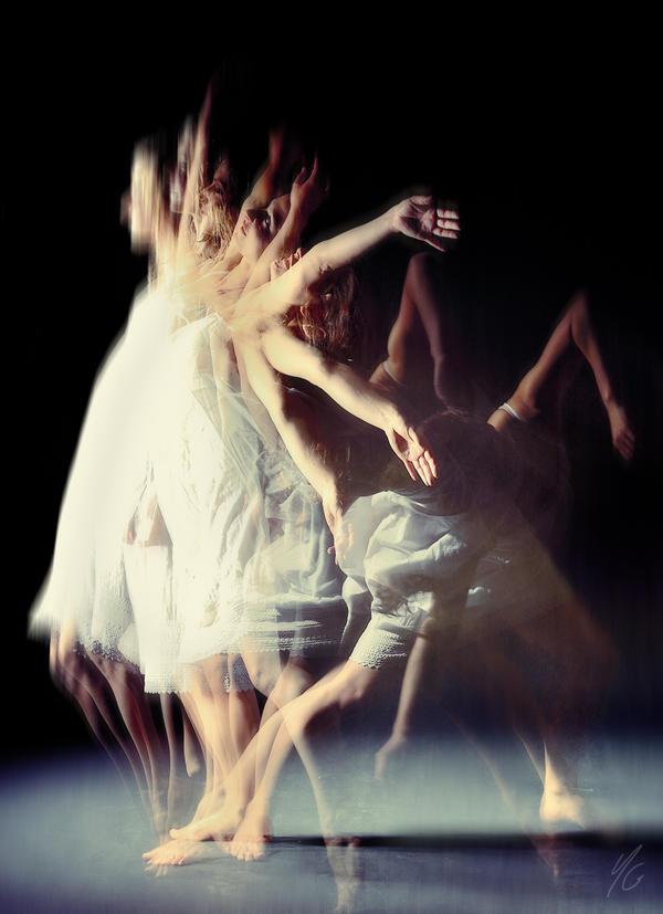 Eve-olution by Mrqui