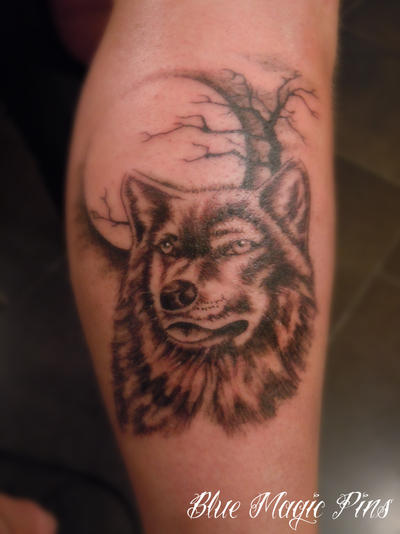 Wolf On The Moon Tattoo By Ravenwarlock On Deviantart
