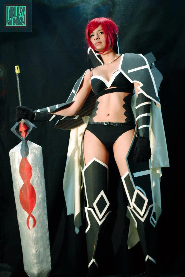 Cosplay Erza Scarlett - Black Wing ArmorErza Scarlet Black Wing Armor Cosplay