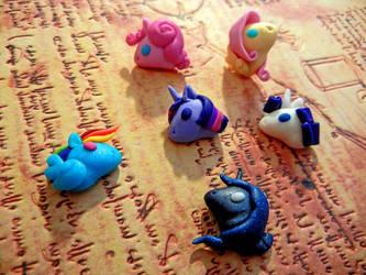 My Little Pony:FiM Earrings by Acarron