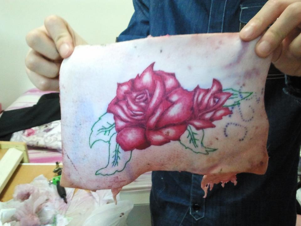 Rose tattoo on pig skin by tommyyu on deviantart for Pig skin tattoo