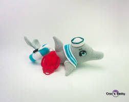 Tilt the lifeguard dolphin by Crocsbetty