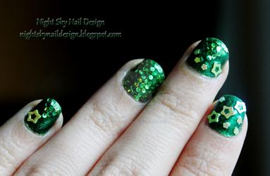 31 Day Challenge, Day 4: Green Nails