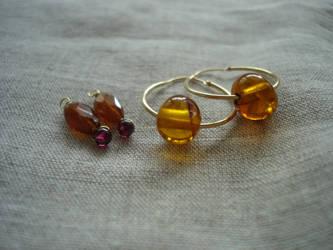 Gem beads for hoop earrings 1 by terrakoru