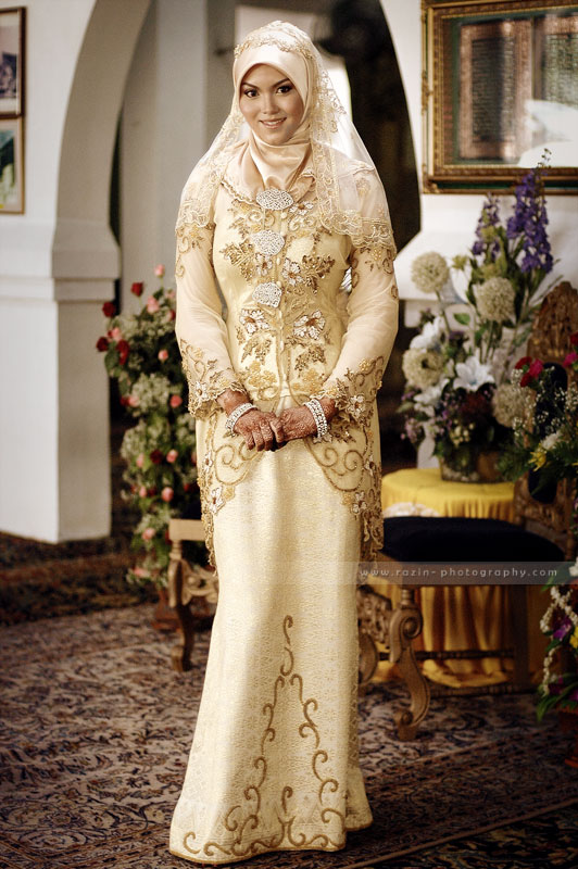 Bridal Gown For   Malaysia : Malay wedding bride by raz n on deviantart