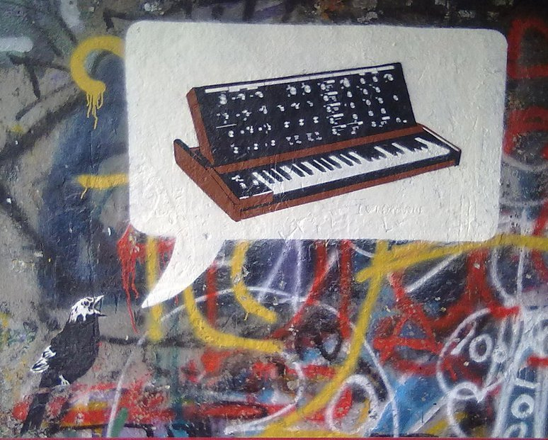 moog bird by RikxArt