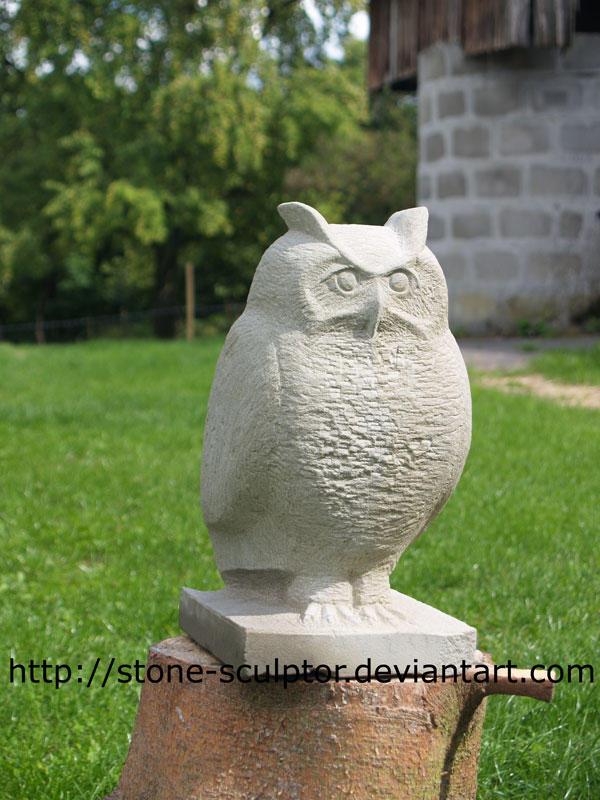 Owl Stone Eule aus Sandstein Sandstone carving