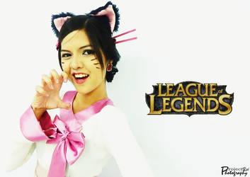 Ahri - League of Legends 2 by Ruieien
