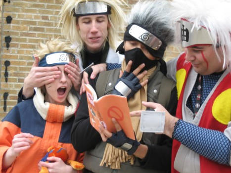 http://fc07.deviantart.net/fs10/i/2006/075/f/b/Naruto___Ookami_by_Naruto_Cosplay.jpg