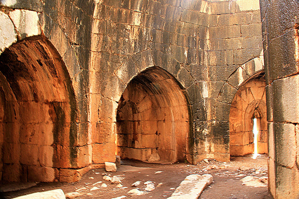 Arched ruins by yasminstock