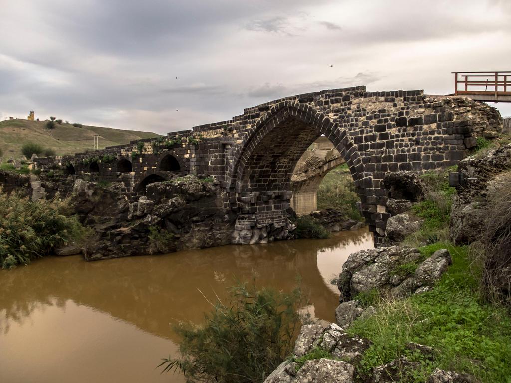 Bridge by yasminstock