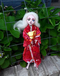 Kimono Cat Girl monster high repaint by Warlord-of-Noodles