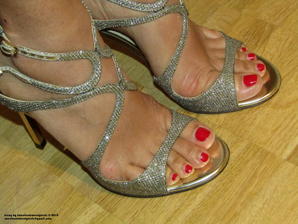 Jenny and her professional feet detail by JennyFeet84