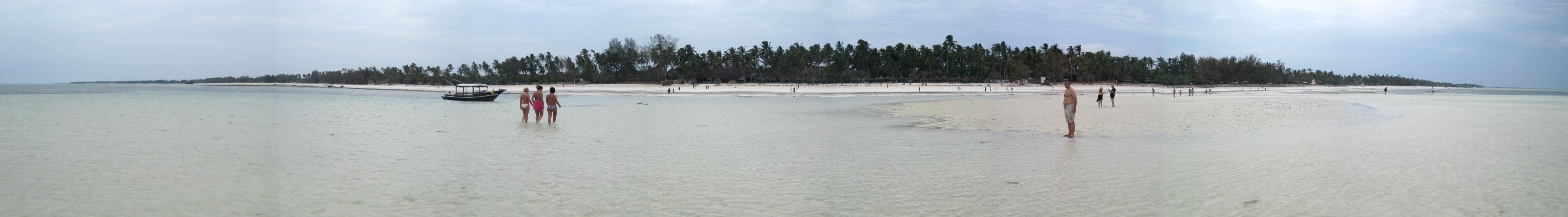 Zanzibar panorama by Majnouna