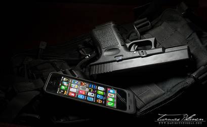 Glock G19 pt.2 by waakku