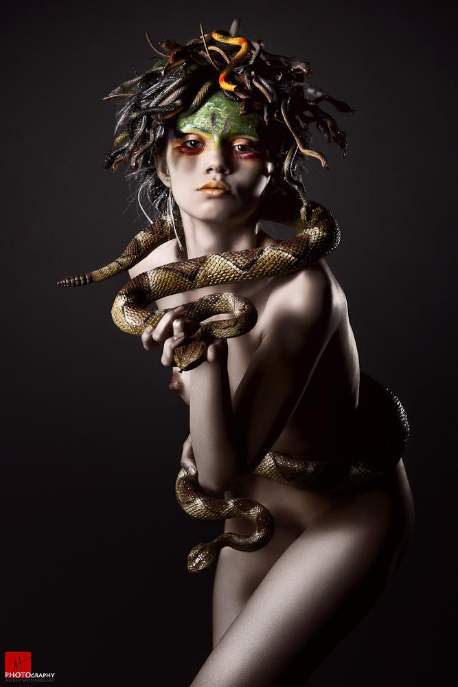 Medusa IX by Aisii