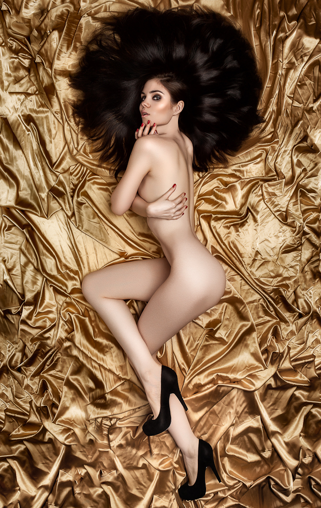 Goldeneye by Aisii