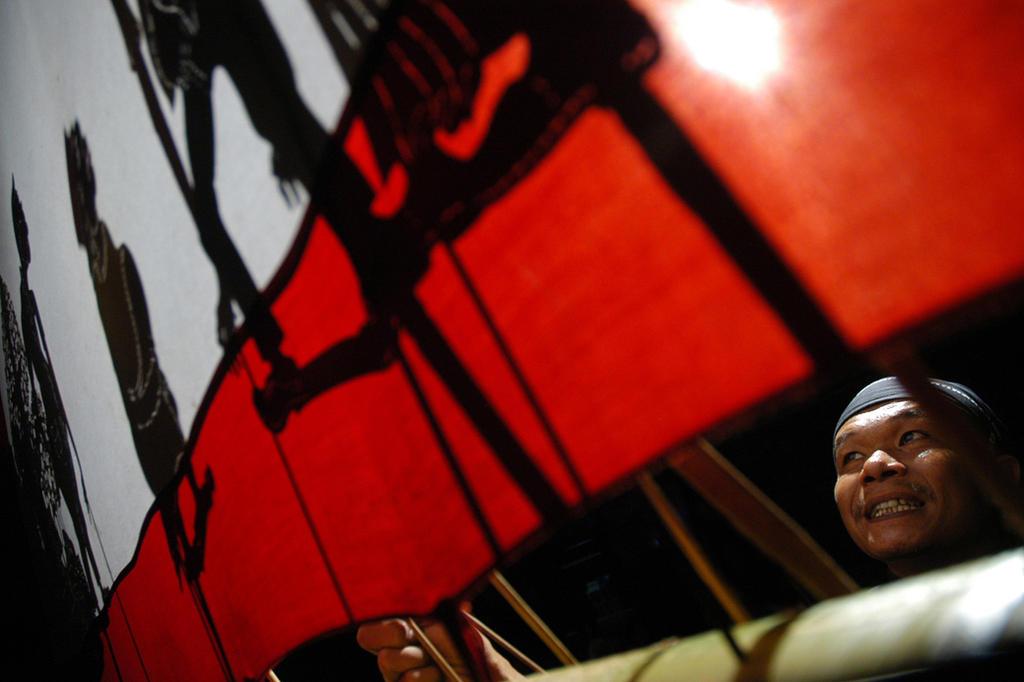 Wayang Kampung Sebelah Puppet - Solo (Indonesia) by timbulgendut on DeviantArt