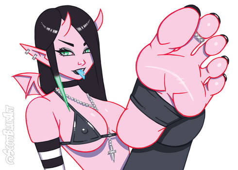 Goth Luci Foot