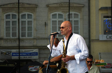 Jazzfest by Serunate