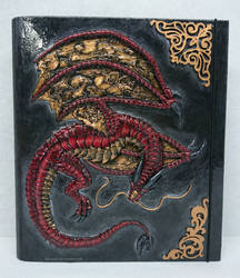 Carpeta Dragon Rojo Vintage by Ikhramet