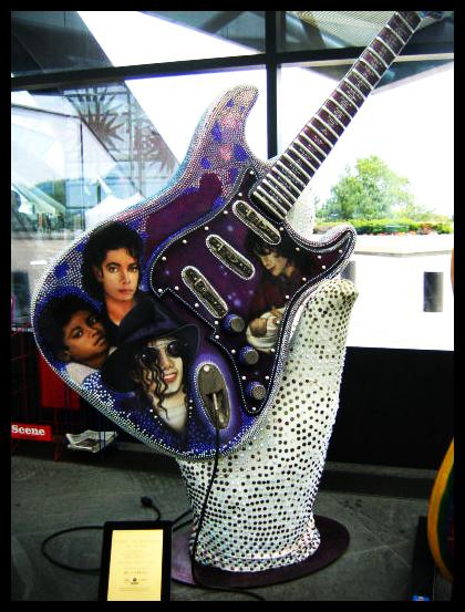 Michael by artistas - Página 2 Michael_Jackson_Guitar_by_Amanderr