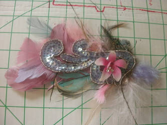 orchid feather hair clip by kukuramutta