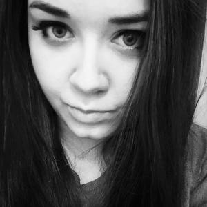 SNR-Ella's Profile Picture
