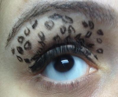 Leopard print eye by SoosooCherry