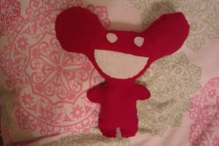 Deadmau5 plush by diggydiggyhole