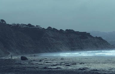Beach Time by elliottfelix