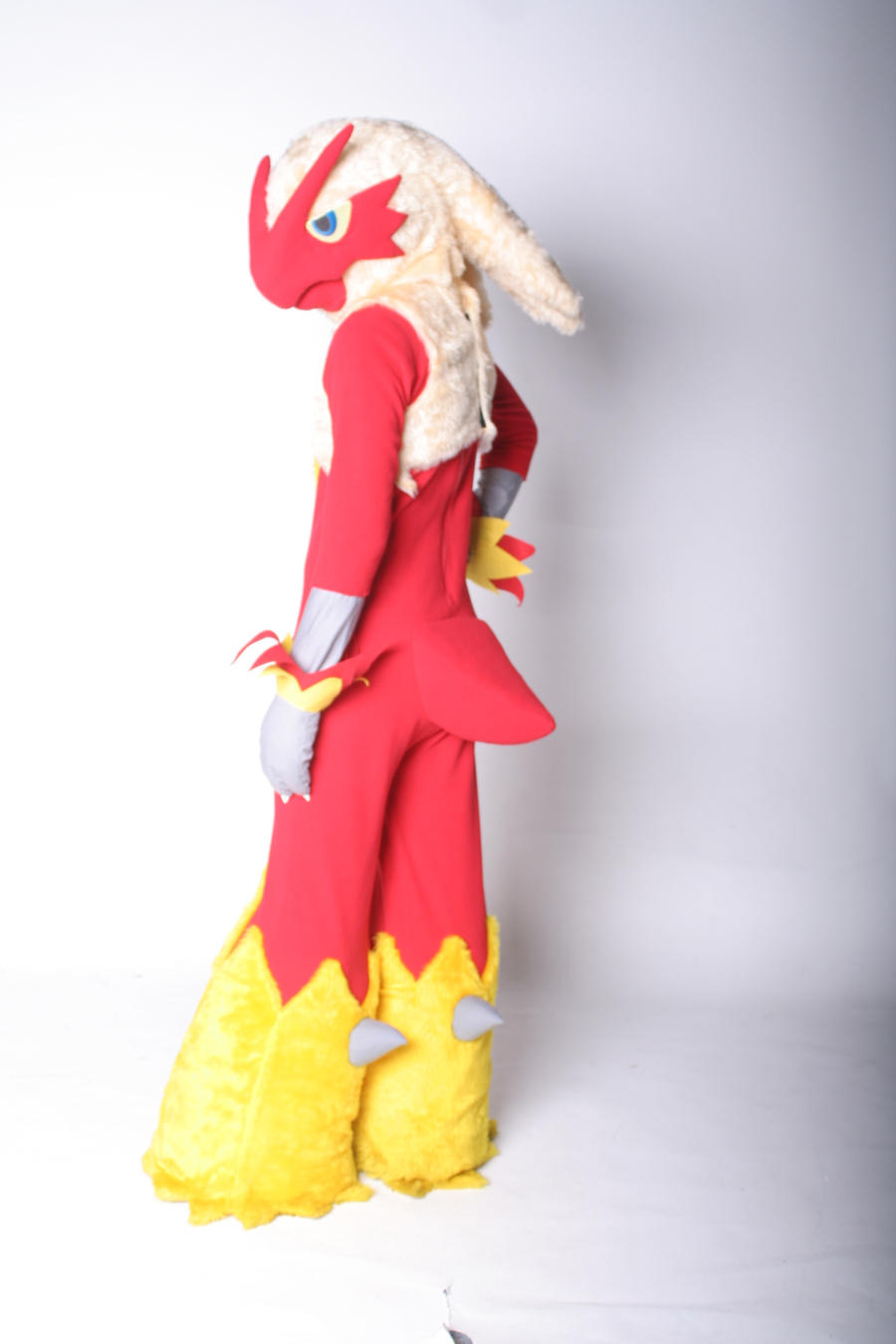 Blaziken by scatnix