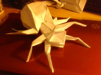 Origami Spider says Hi! by lionheart214