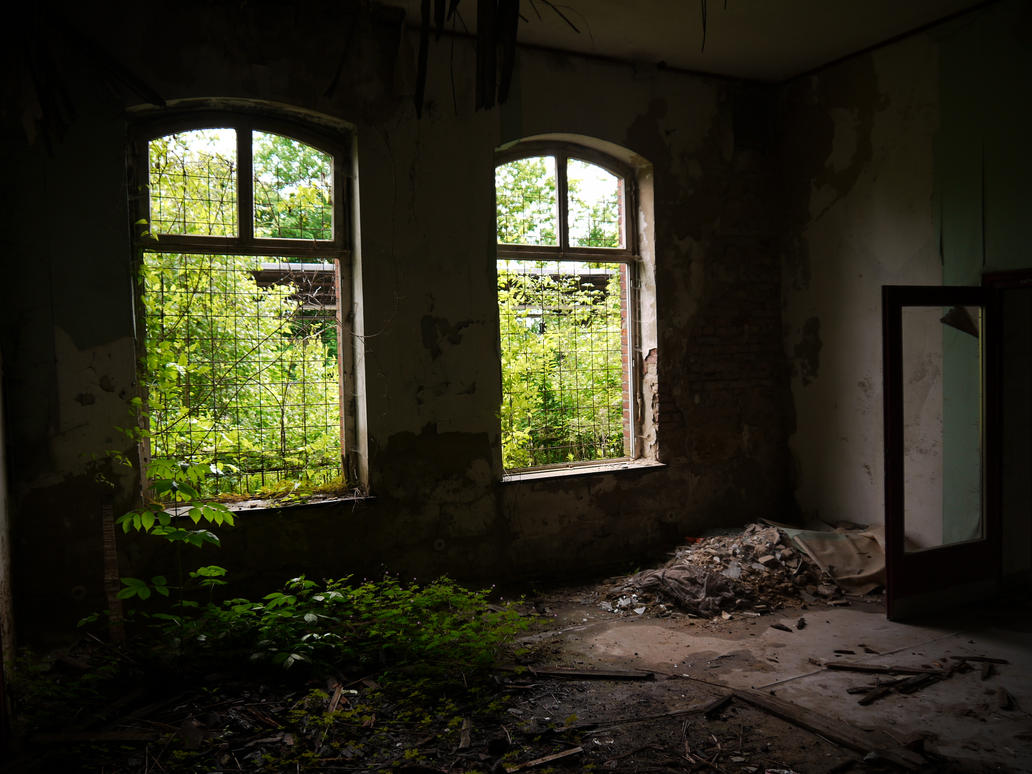 Abandonned station 9 by Dragoroth-stock
