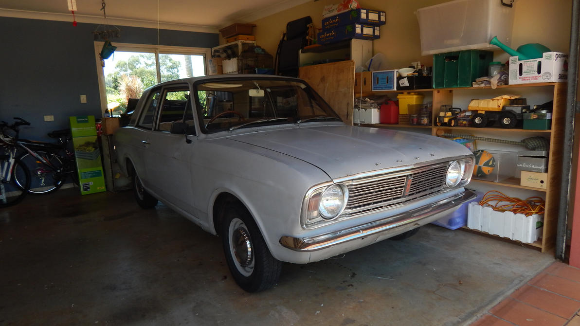 http://pre13.deviantart.net/5520/th/pre/i/2015/068/1/1/1969_ford_cortina___front_by_captainkman-d8l4bc8.jpg