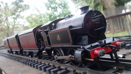 Hornby O-gauge Clockwork Locomotive and Carriages