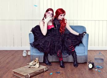 Twins III by KybeleModel