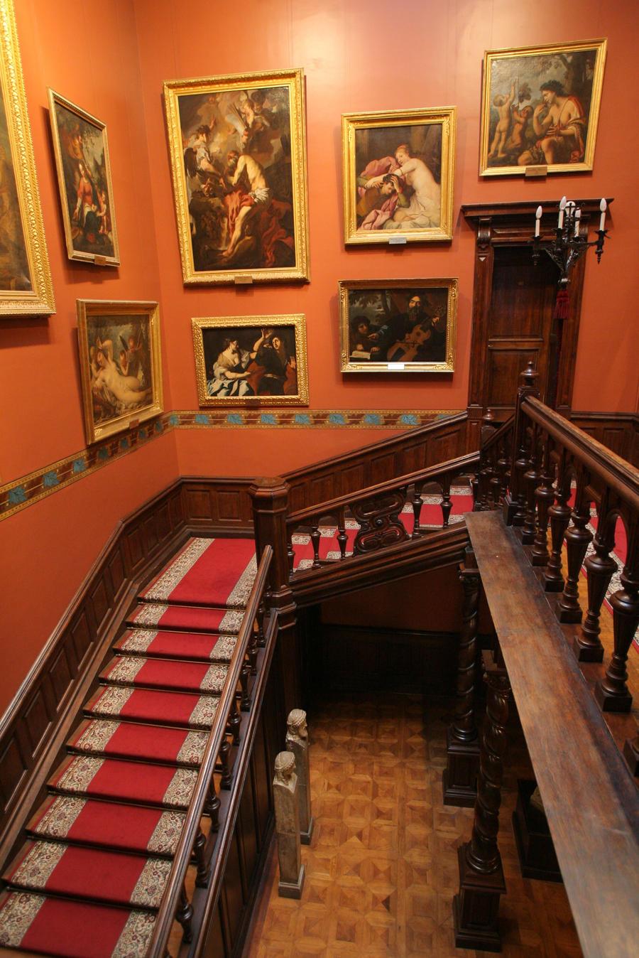 Pasillos y escaleras Victorian_house_stock_I_by_darkySTOCK