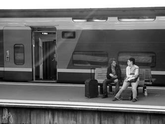 Lovers take train..