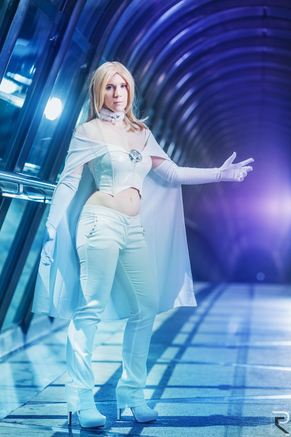 frost men Biography x-men: first class: high hand during the 1950s, emma frost was the mistress of vinny lavecchia, a mafia boss based in las vegas, nevada.