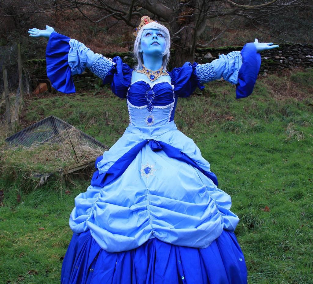 Ice Queen Twirl by Cloie-Coamree