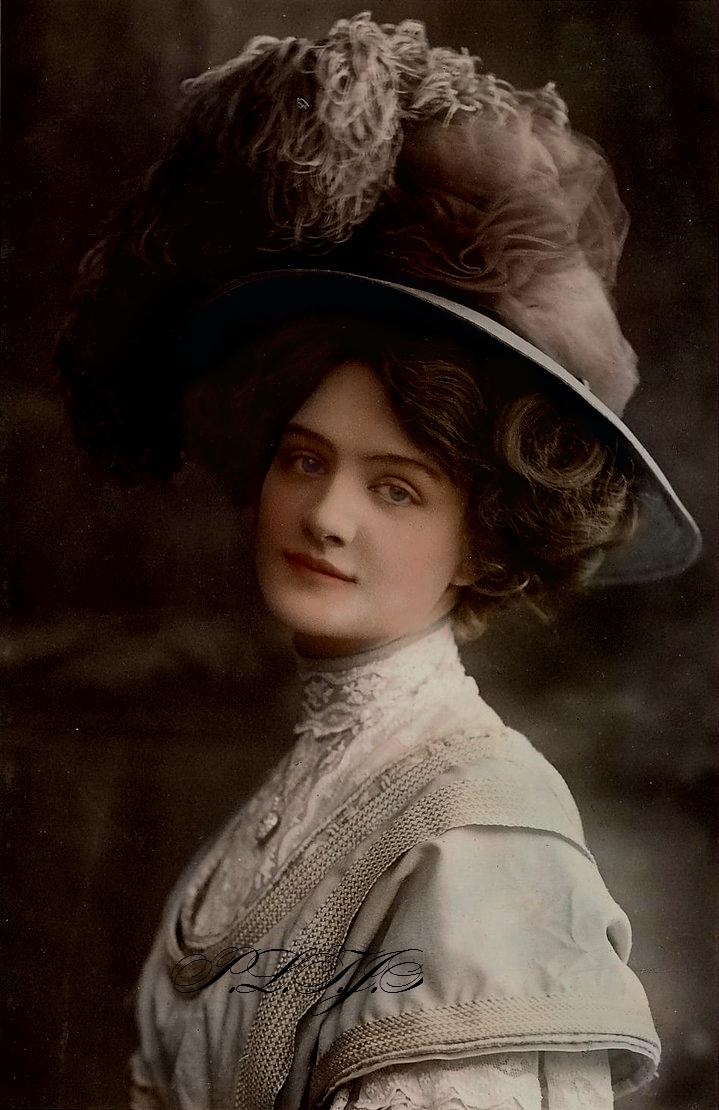 Edwardian beauty by Linnea-Rose