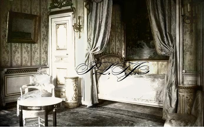 La chambre de la reine de roumanie by linnea rose on for Chambre de commerce roumanie