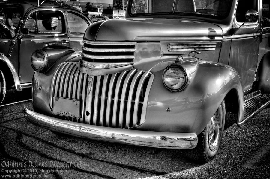 Standard HDR Subject 6-A - BnW by odhinnsrunes