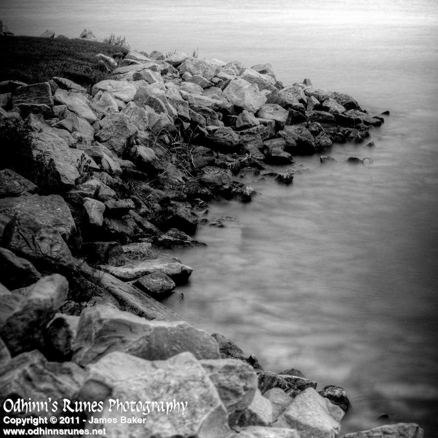 Fog Lake by odhinnsrunes